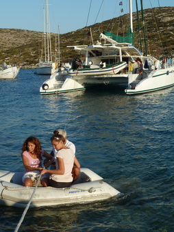 Dinghy-Transfer Levitha
