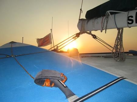 Fahrt mit Sonnenuntergang