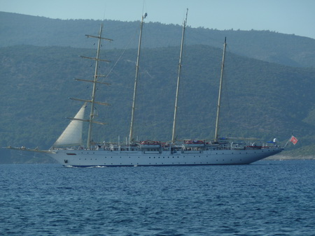 Star Clipper in der Samos-Strasse