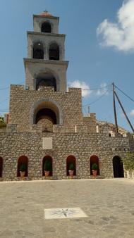 Kalymnos Kloster und Hafen_2