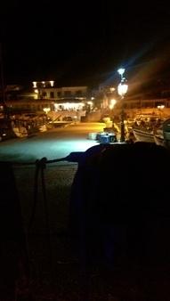 Perdikia bei Nacht