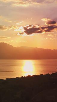 Sonnenuntergang in Vathy auf Methana