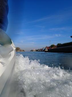 Fahrt durch die Lagune von Venedig