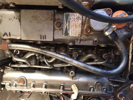 Motorraum und Zylinderfolge^