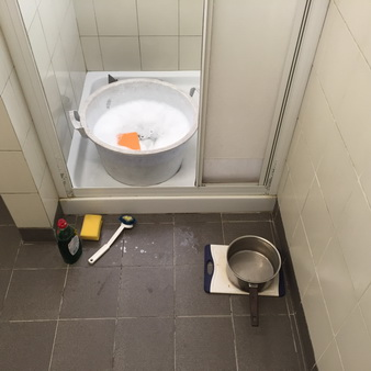 Dusch-Spülmaschine