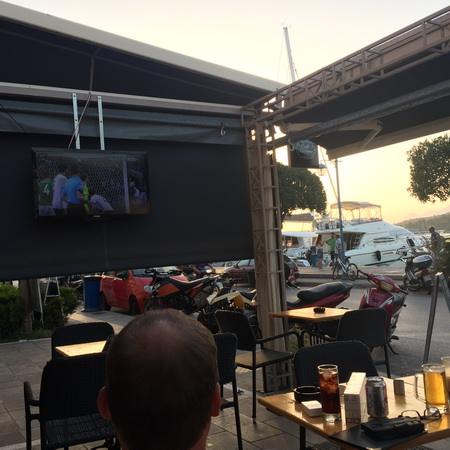 public viewing in der MORSO bar