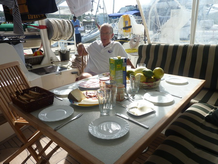 Frühstück in Rodney Bay