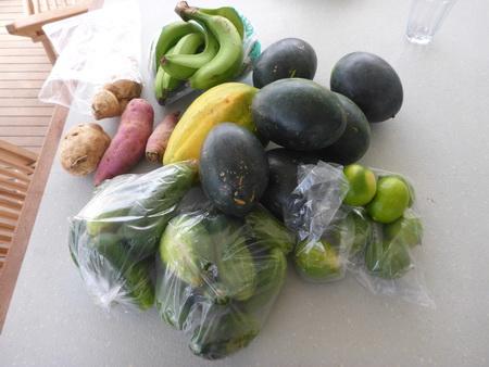 frisches Obst u d Gemüse vom Markt
