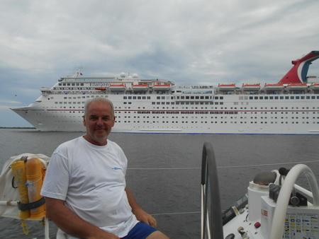 Kreuzfahrtschiff im St. John River