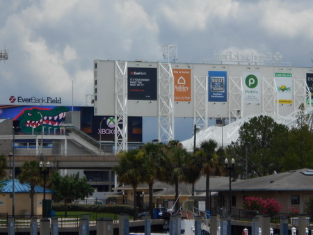 Metropolitan Marina Jacksonville am Stadion