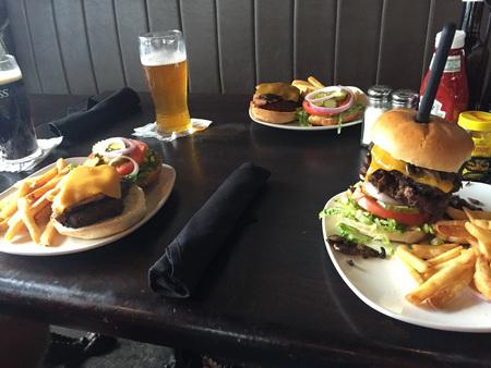 aber lecker Burger... gibts