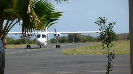 Airport Union Island
