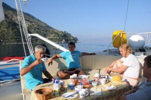 Frühstück in der Bucht von Scilla