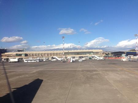Etna vom Flughafen Catania gesehen