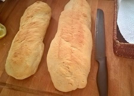 Frisches Brot auf VAVA-U