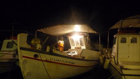 Hafen Naousa bei Nacht-1
