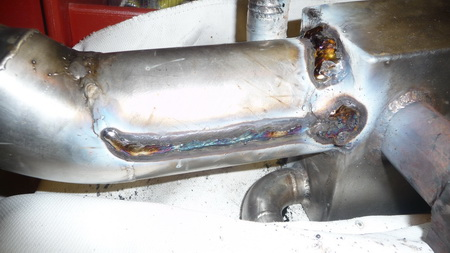 Kühler schweißen auf See-1