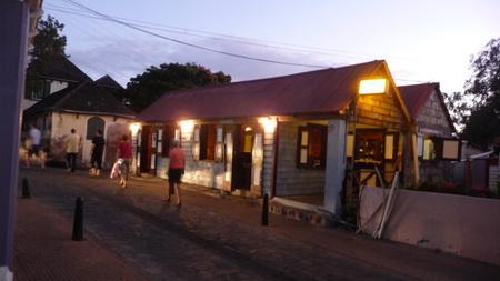 Oranjestad am Abend-1110955