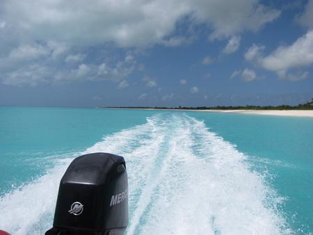Speedbootfahrt am Strand-1301