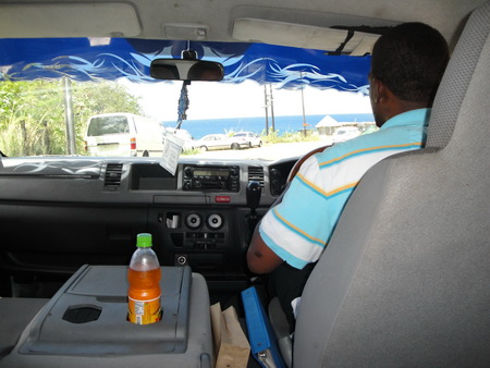 Taxi auf Kitts^
