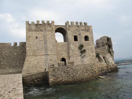 Zugang zum Hafen der Festung Methóni